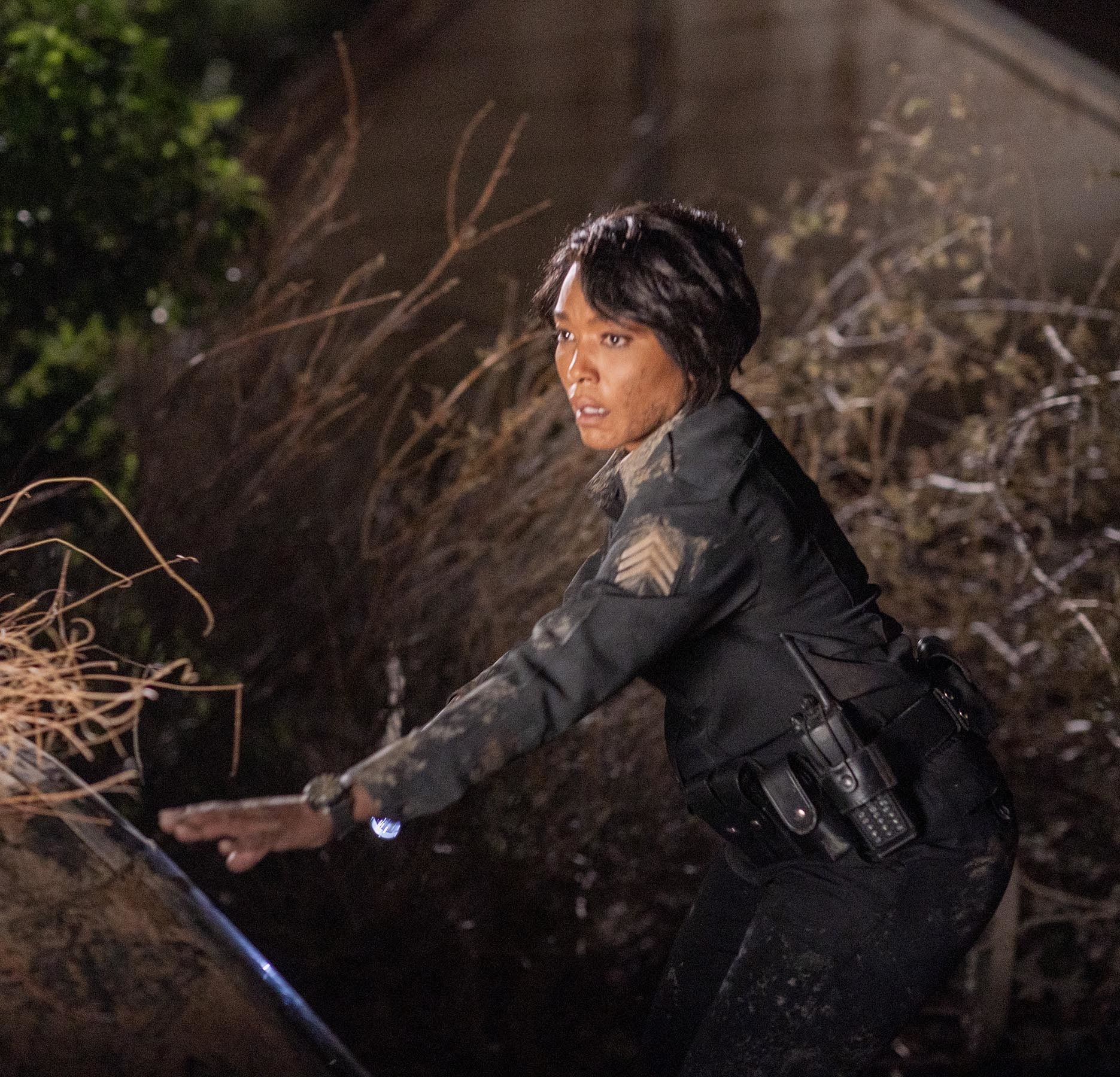 "9-1-1: Angela Bassett in the ""Alone Together""   episode of 9-1-1 airing Monday, Jan. 25 (8:00-9:00 PM ET/PT) on FOX. CR: FOX. © 2021 FOX Media LLC."