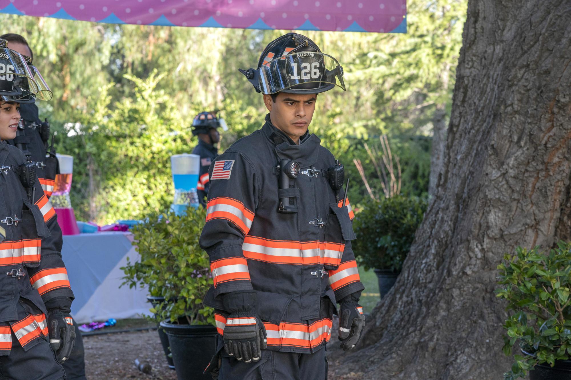 "9-1-1: LONE STAR: Julian Works in ""Awakening/Austin, We Have A Problem"" two-hour season finale of 9-1-1: LONE STAR airing Monday, March 9 (8:00-10:00 PM ET/PT) on FOX. ©2020 Fox Media LLC. CR: Jack Zeman/FOX."