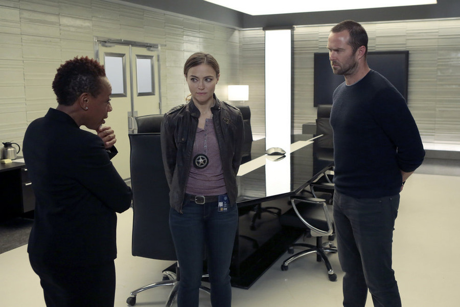 "BLINDSPOT -- ""Authentic Flirt"""