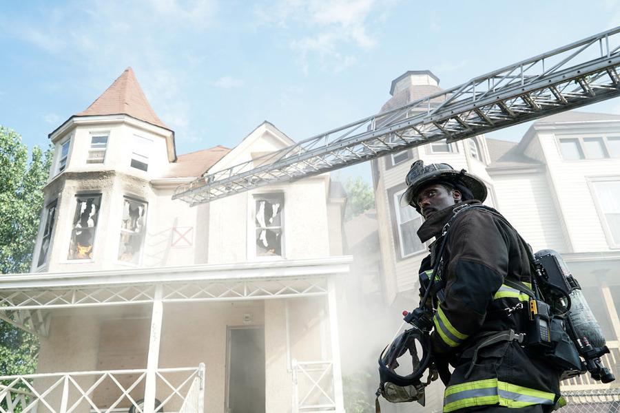 "CHICAGO FIRE -- ""Let It Burn"""