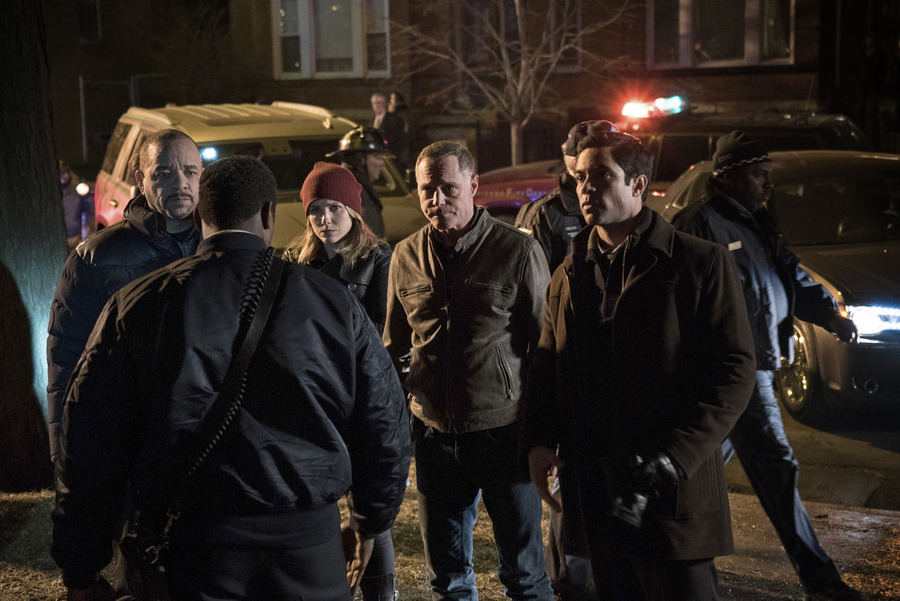"""CHICAGO P.D. -- """"The Number of Rats"""""""