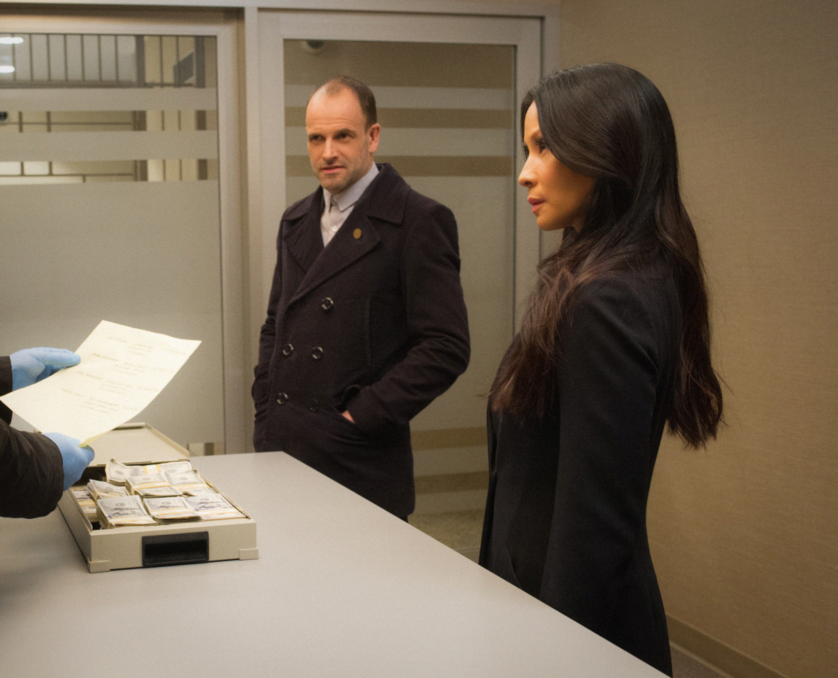 """ELEMENTARY """"Fly into a Rage, Make a Bad Landing"""""""