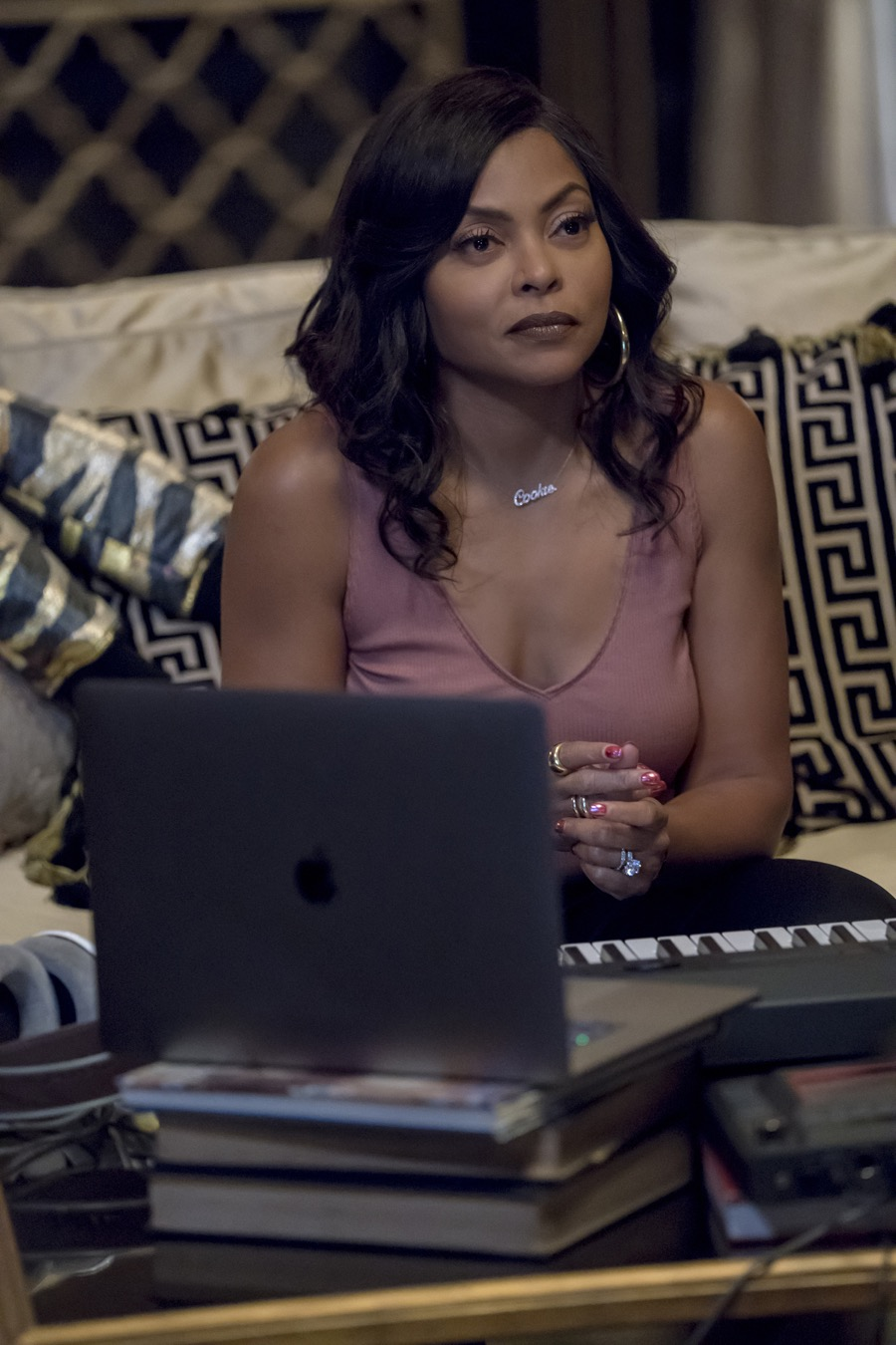 """EMPIRE 5x01 """"Steal From the Thief"""""""