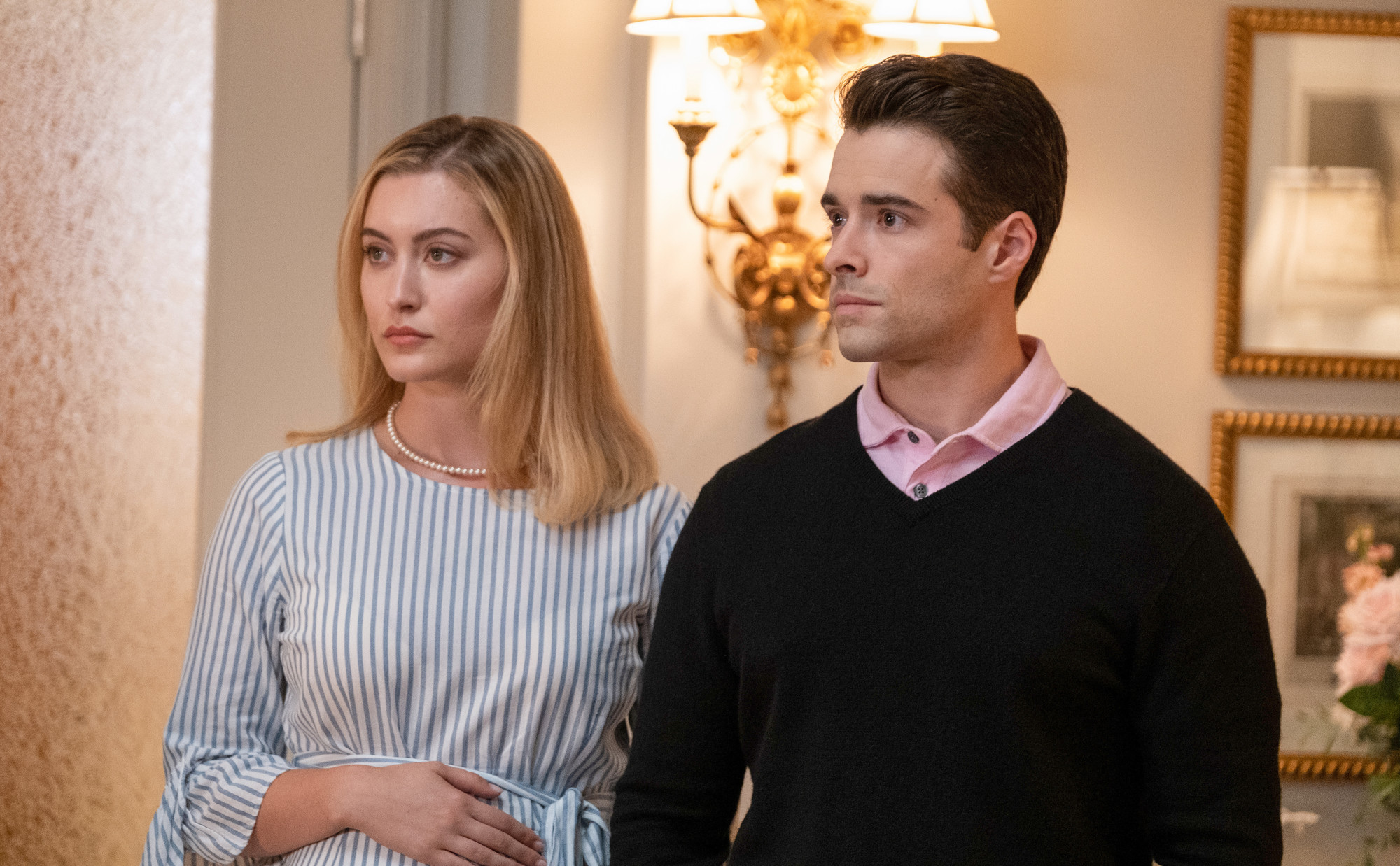 """FILTHY RICH: L-R: Olivia Macklin and Corey Cott in the """"Pilot"""" series premiere episode of FILTHY RICH airing Monday, Sept. 21 (9:00-10:00 PM ET/PT) on FOX. ©2020 Fox Media LLC. CR: Patti Perret/FOX."""