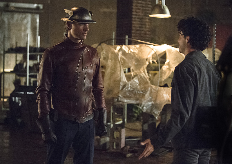 """THE FLASH: """"Flash of Two Worlds"""""""