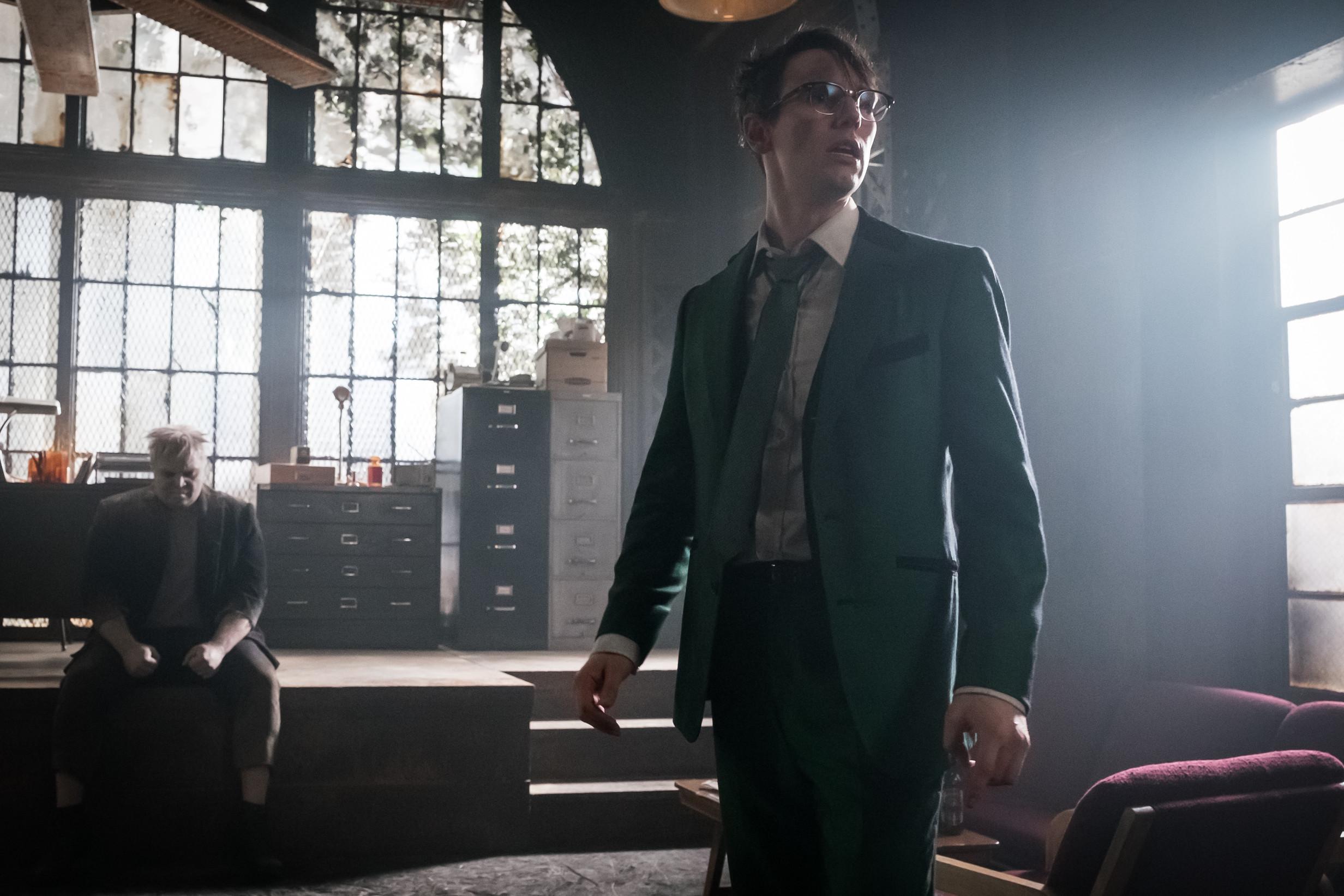 """Gotham """"Pieces Of A Broken Mirror"""""""