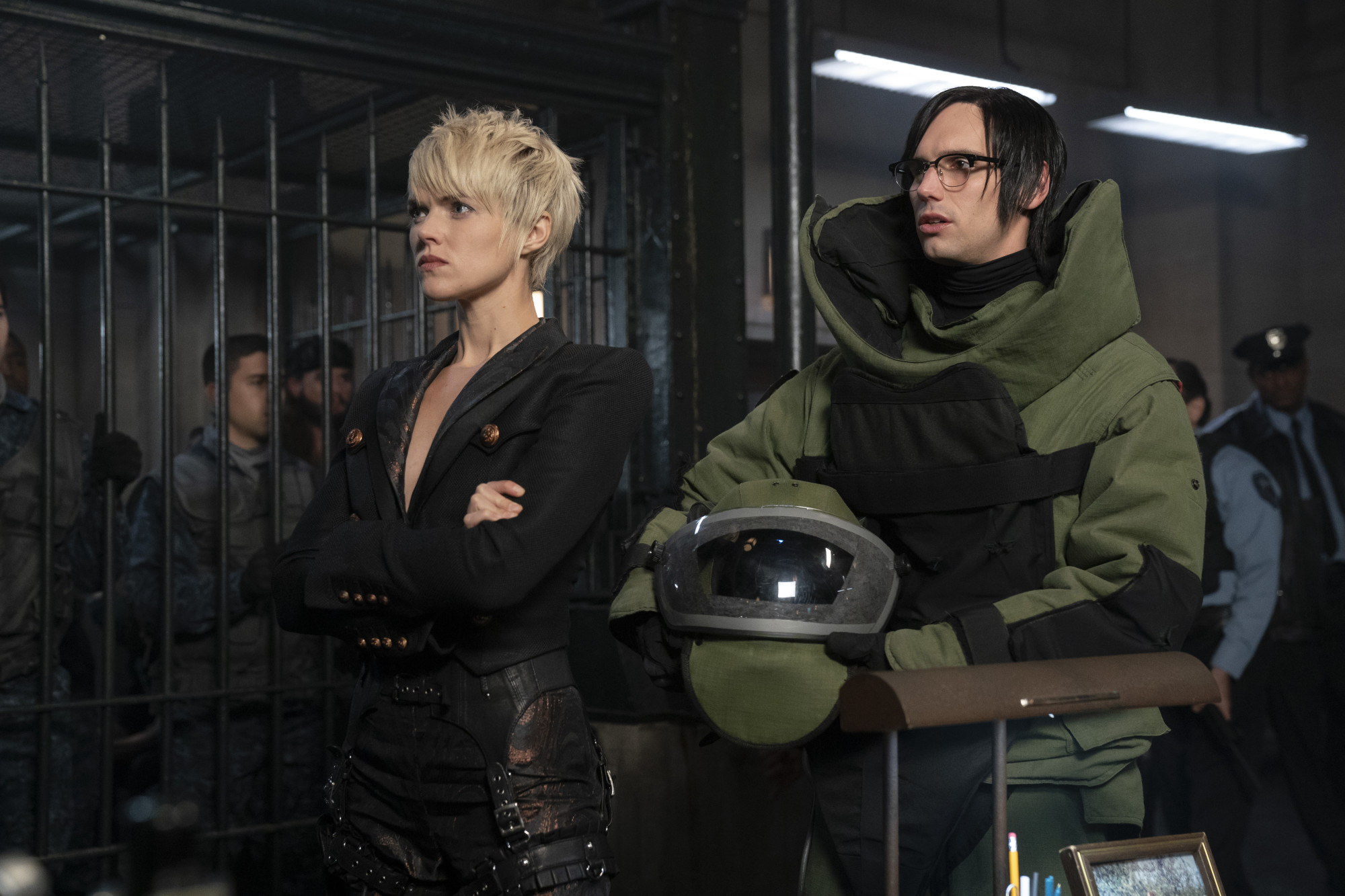 """GOTHAM: L-R: Erin Richards and Cory Michael Smith in the """"13 Stitches"""" episode of GOTHAM airing Thursday, Feb. 14 (8:00-9:00 PM ET/PT) on FOX. ©2019 Fox Broadcasting Co. Cr: FOX"""