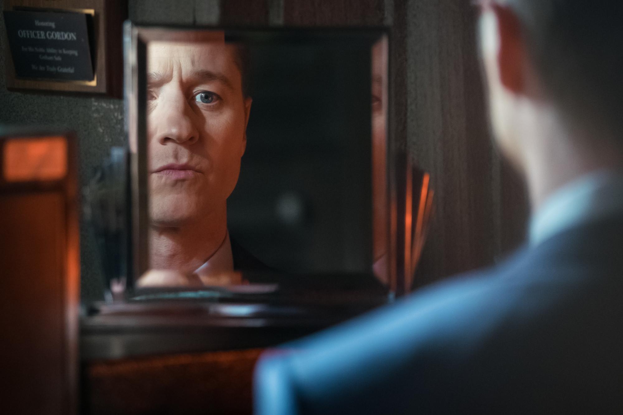 "GOTHAM: Ben McKenzie in the ""The Trial of Jim Gordon"" episode of GOTHAM airing Thursday, March 7 (8:00-9:00 PM ET/PT) on FOX. ©2019 Fox Broadcasting Co. Cr: Jeff Neumann/FOX"