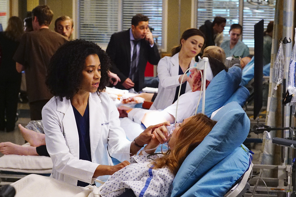 "GREY'S ANATOMY - ""I Ain't No Miracle Worker"""