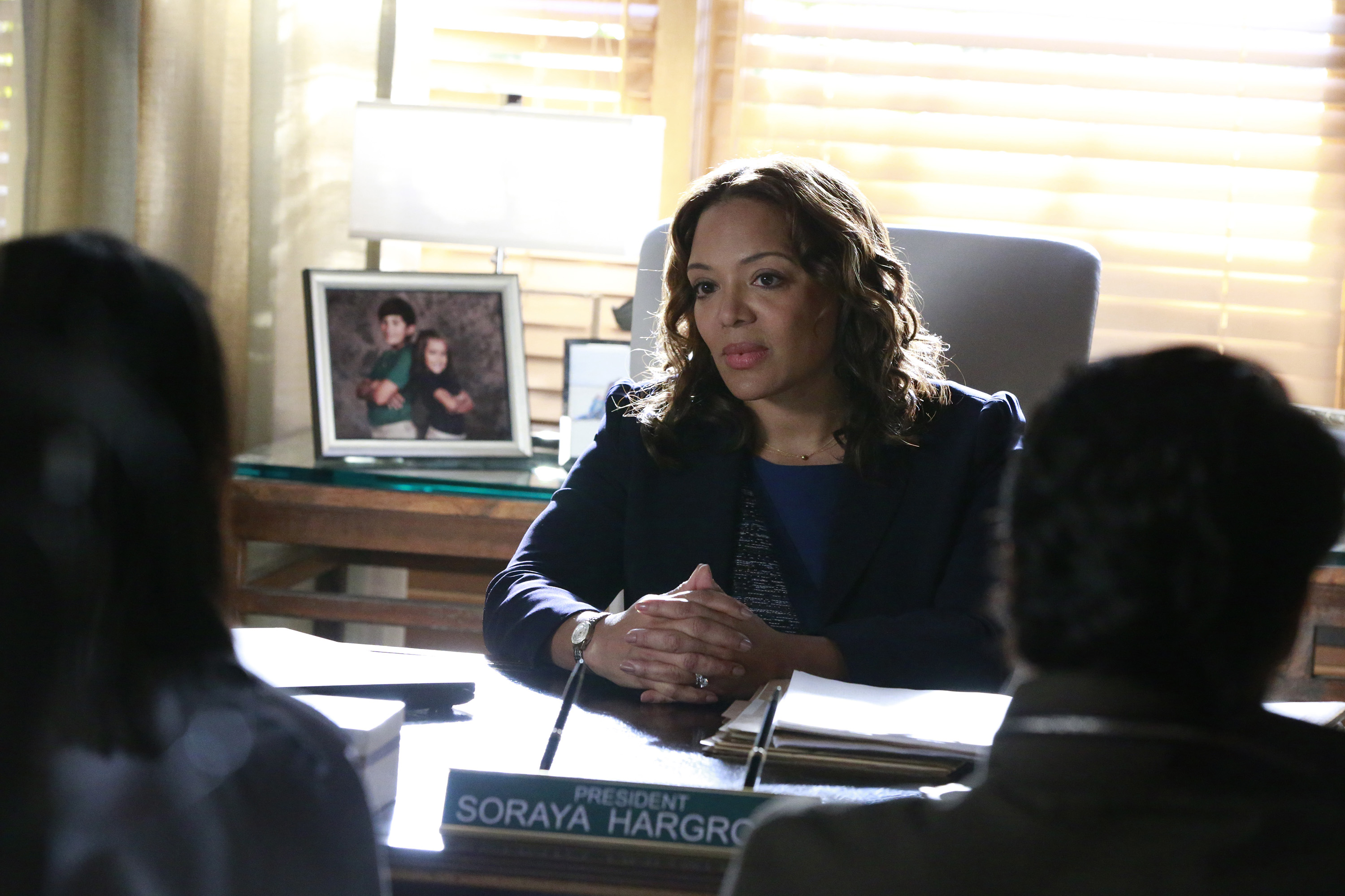 """HOW TO GET AWAY WITH MURDER - """"Not Everything's About Annalise"""""""