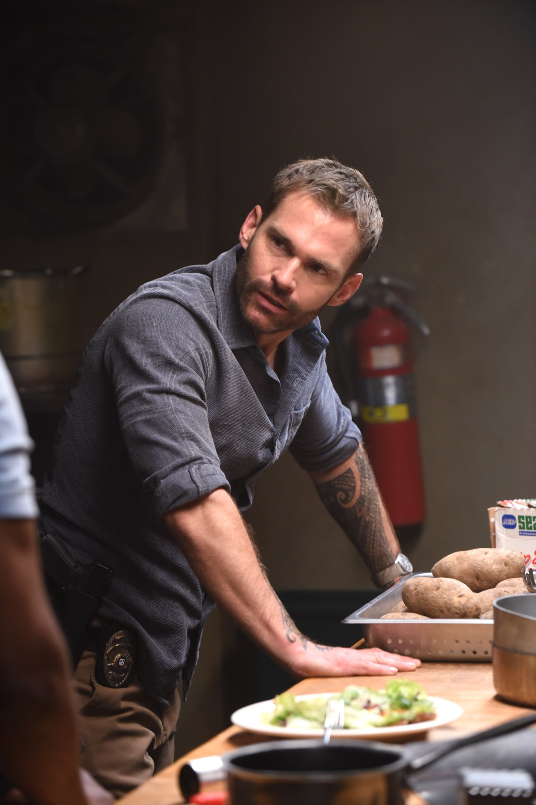 "LETHAL WEAPON: Seann William Scott in the Need To Know"" episode of LETHAL WEAPON airing Tuesday, Oct. 2 (9:00-10:00 PM ET/PT) on FOX. ©2018 Fox Broadcasting Co. CR: FOX"