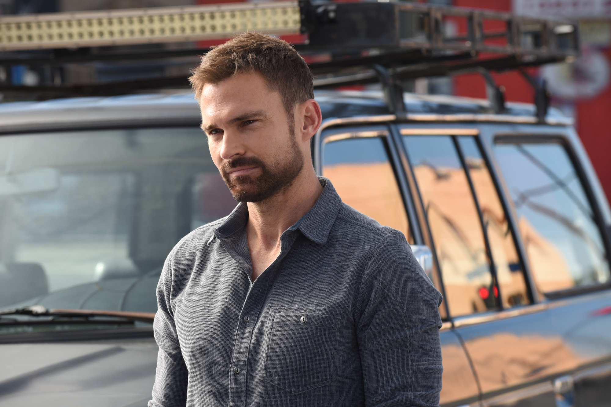 """LETHAL WEAPON: Seann William Scott in the """"What the Puck"""" episode of LETHAL WEAPON airing Tuesday, Nov. 27 (9:00-10:00 PM ET/PT) on FOX. ©2018 Fox Broadcasting Co. CR: Ray Mickshaw/FOX"""