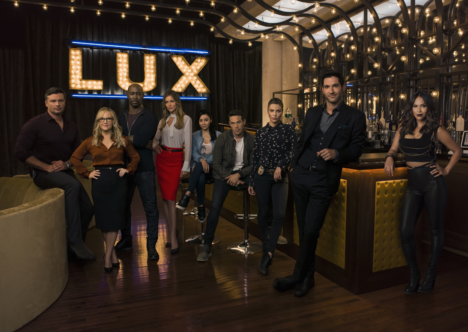 LUCIFER Season 3 Cast Photos