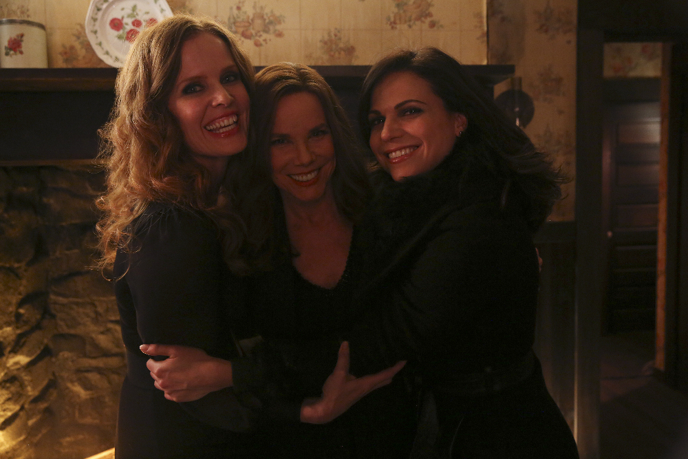 "ONCE UPON A TIME - ""Sisters"" BTS"