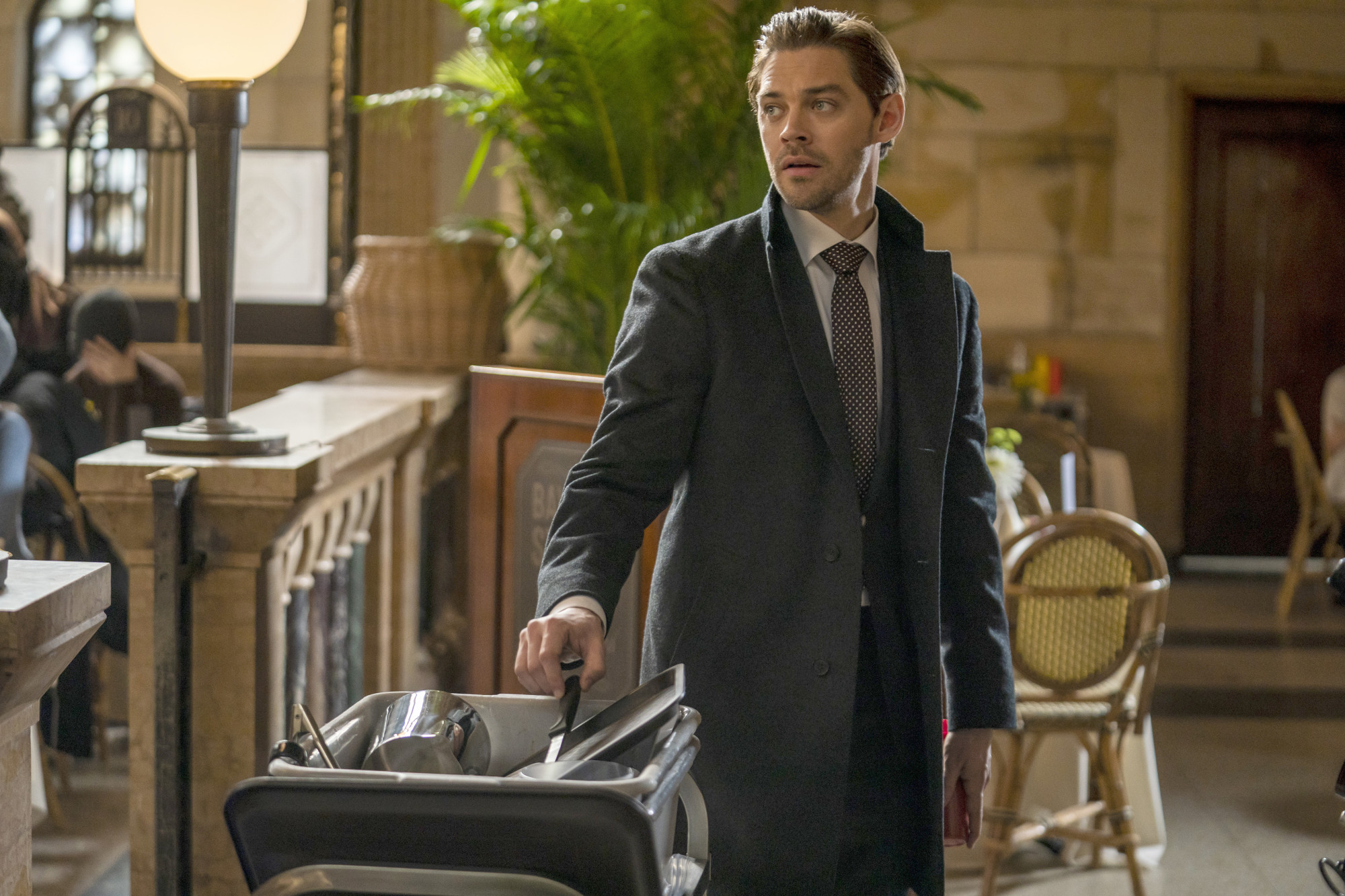 """PRODIGAL SON: Tom Payne in """"The Professionals"""" episode of PRODIGAL SON airing Monday, April 20 (9:01-10:00 PM ET/PT) on FOX. © 2020 FOX MEDIA LLC. Cr: Zach Dilgard/FOX."""