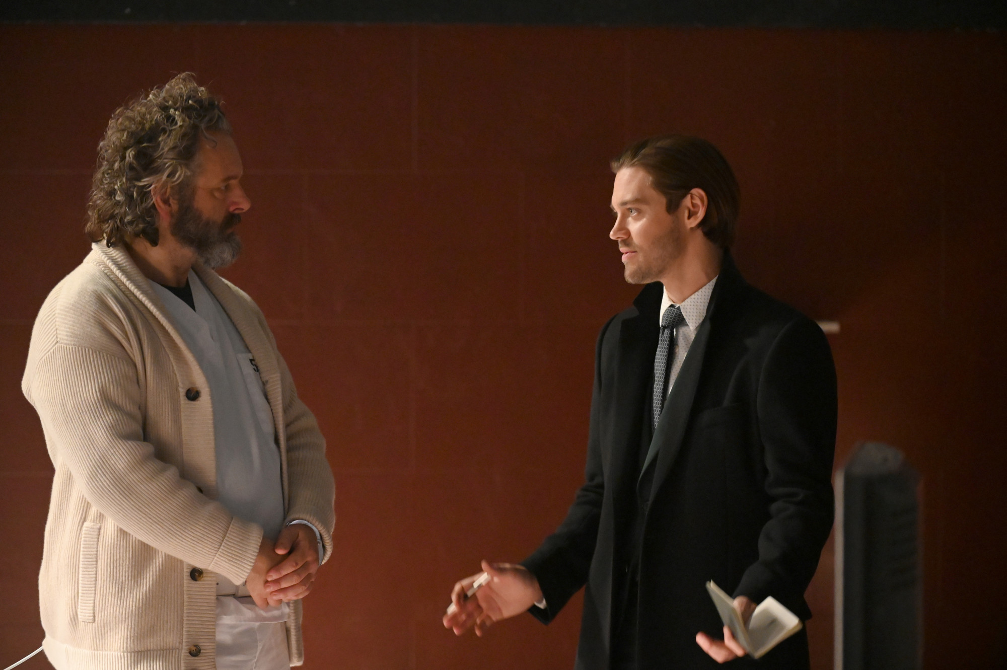 """PRODIGAL SON: L-R:  Michael Sheen and Tom Payne in the """"It's All In The Execution"""" season two premiere episode of PRODIGAL SON airing Tuesday, Jan. 12 (9:01-10:00 PM ET/PT) on FOX. ©2020 Fox Media LLC Cr: Phil Caruso/FOX"""