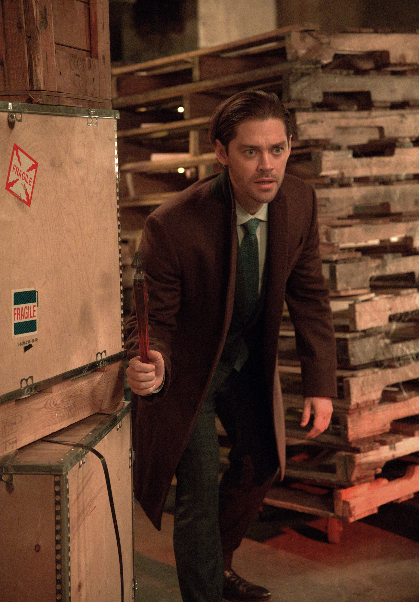 """PRODIGAL SON: Tom Payne in the """"Take Your Father to Work Day"""" episode of PRODIGAL SON airing Tuesday, Feb. 2 (9:01-10:00 PM ET/PT) on FOX. ©2021 Fox Media LLC Cr: Phil Caruso/FOX"""
