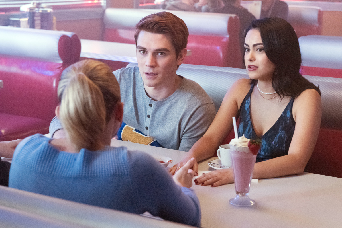 "Riverdale -- ""The Outsiders"""