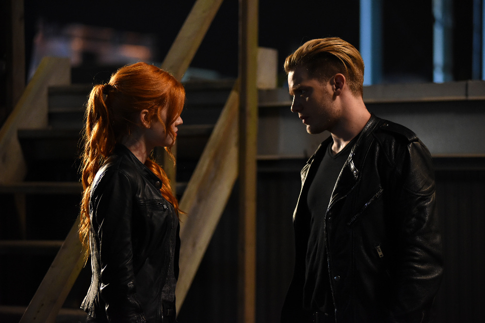 "SHADOWHUNTERS - ""Dead Man's Party"""