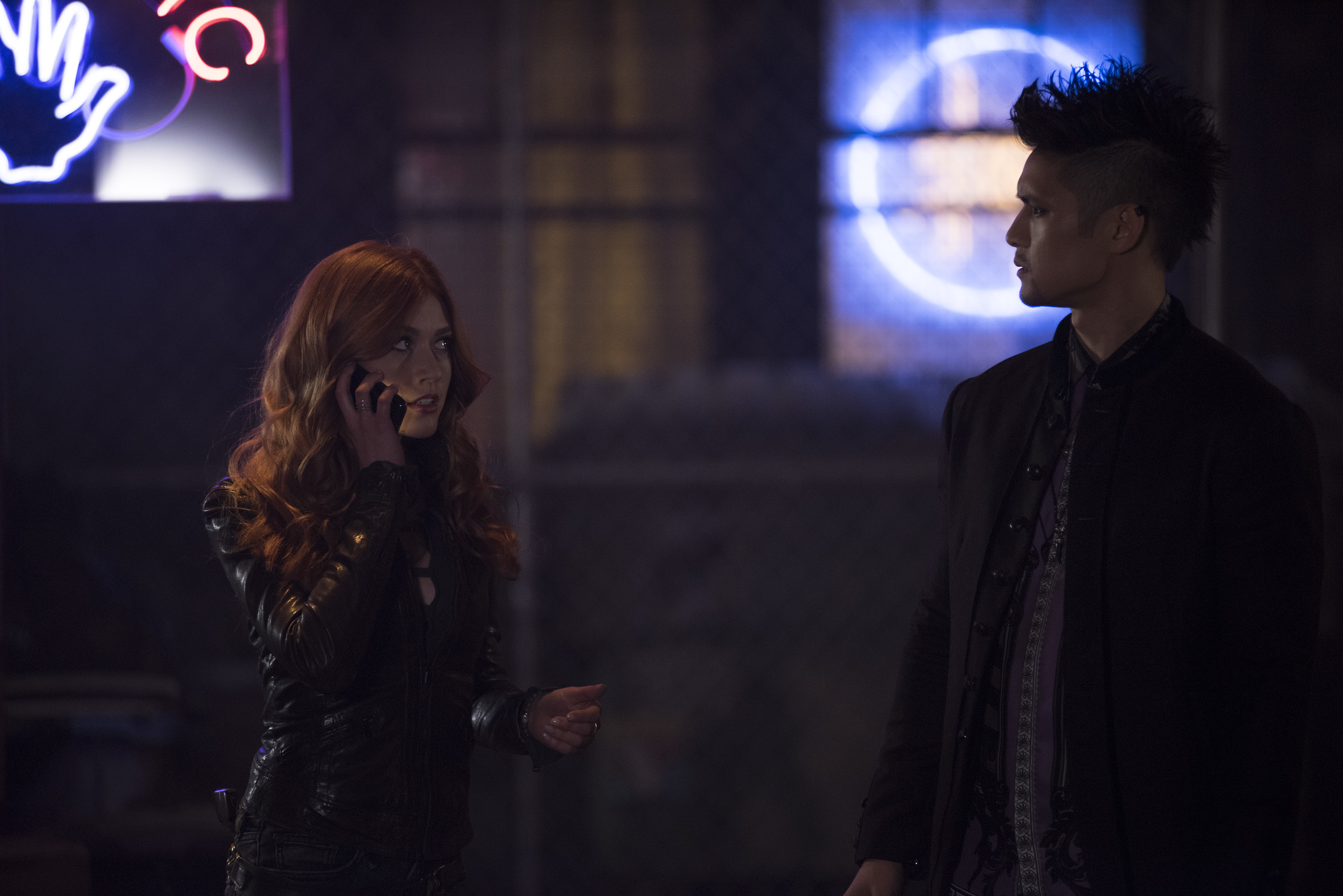 "SHADOWHUNTERS 3x06 ""A Window Into an Empty Room"""