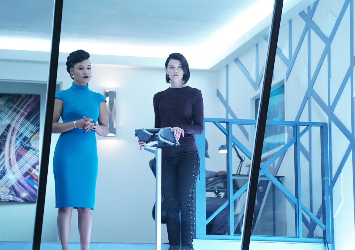 "THE GIFTED:  L-R:  Grace Byers and guest star Hayley Lovitt in the ""no Mercy"" episode of THE GIFTED airing Tuesday, Nov. 13 (8:00-9:00 PM ET/PT) on FOX. ©2018 Fox Broadcasting Co. Cr: Annette BrownFOX."