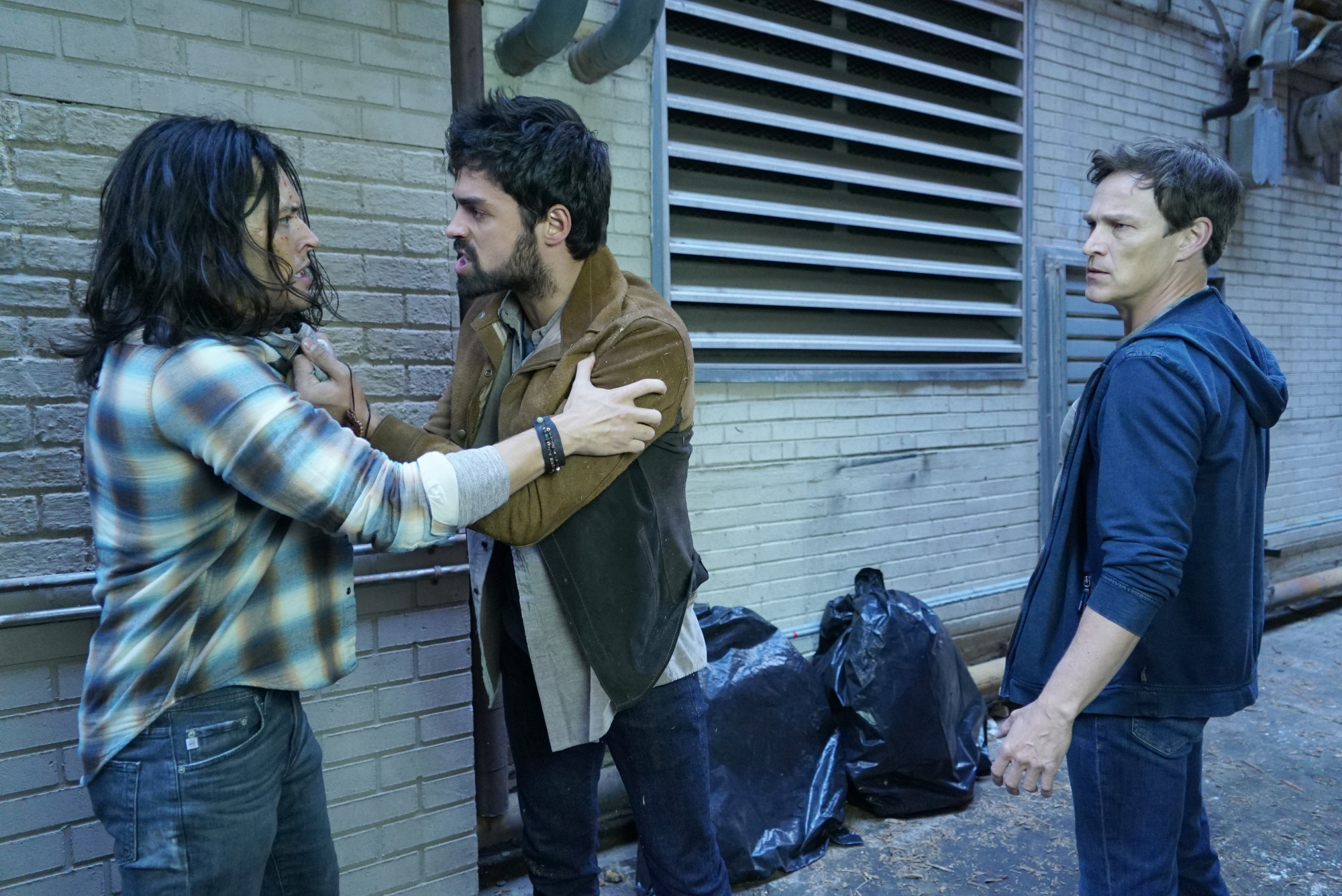 """THE GIFTED:  L-R:  Blair Redford, Sean Teale and Stephen Moyer in the """"Monsters"""" episode of THE GIFTED airing Tuesday, Feb. 19 (9:00-10:00 PM ET/PT) on FOX. ©2018 Fox Broadcasting Co. Cr: Annette Brown/FOX."""