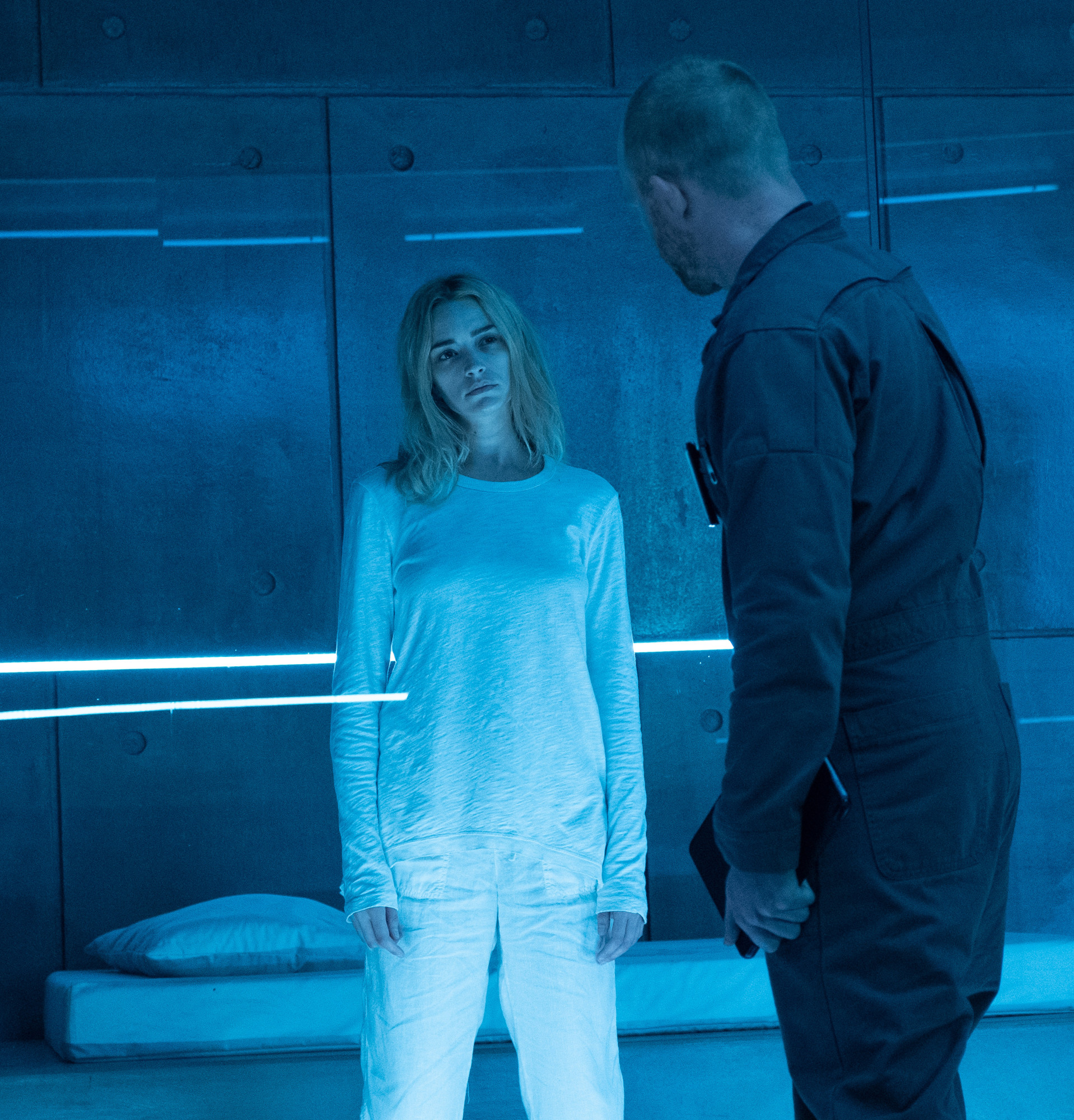 """THE PASSAGE: Brianne Howey (L) in the """"You Owe Me a Unicorn"""" episode of THE PASSAGE airing Monday, Jan. 21 (9:00-10:00 PM ET/PT) on FOX.© 2019 FOX Broadcasting.  Cr: Erika Doss / FOX."""