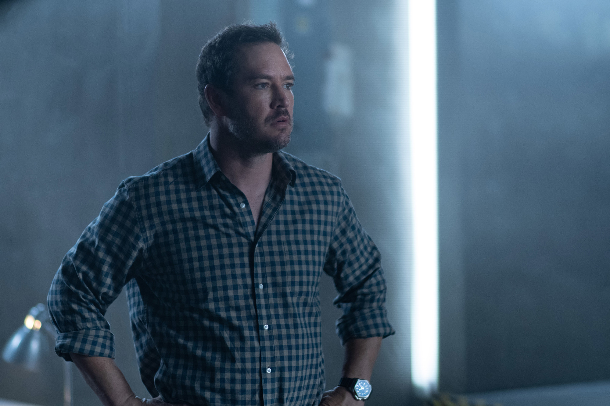 """THE PASSAGE: Mark-Paul Gosselaar in the """"How You Gonna Outrun The End of The World?"""" episode of THE PASSAGE airing Monday, Feb. 11 (9:00-10:00 PM ET/PT) on FOX. © 2019 FOX Broadcasting. Cr: Erika Doss / FOX."""