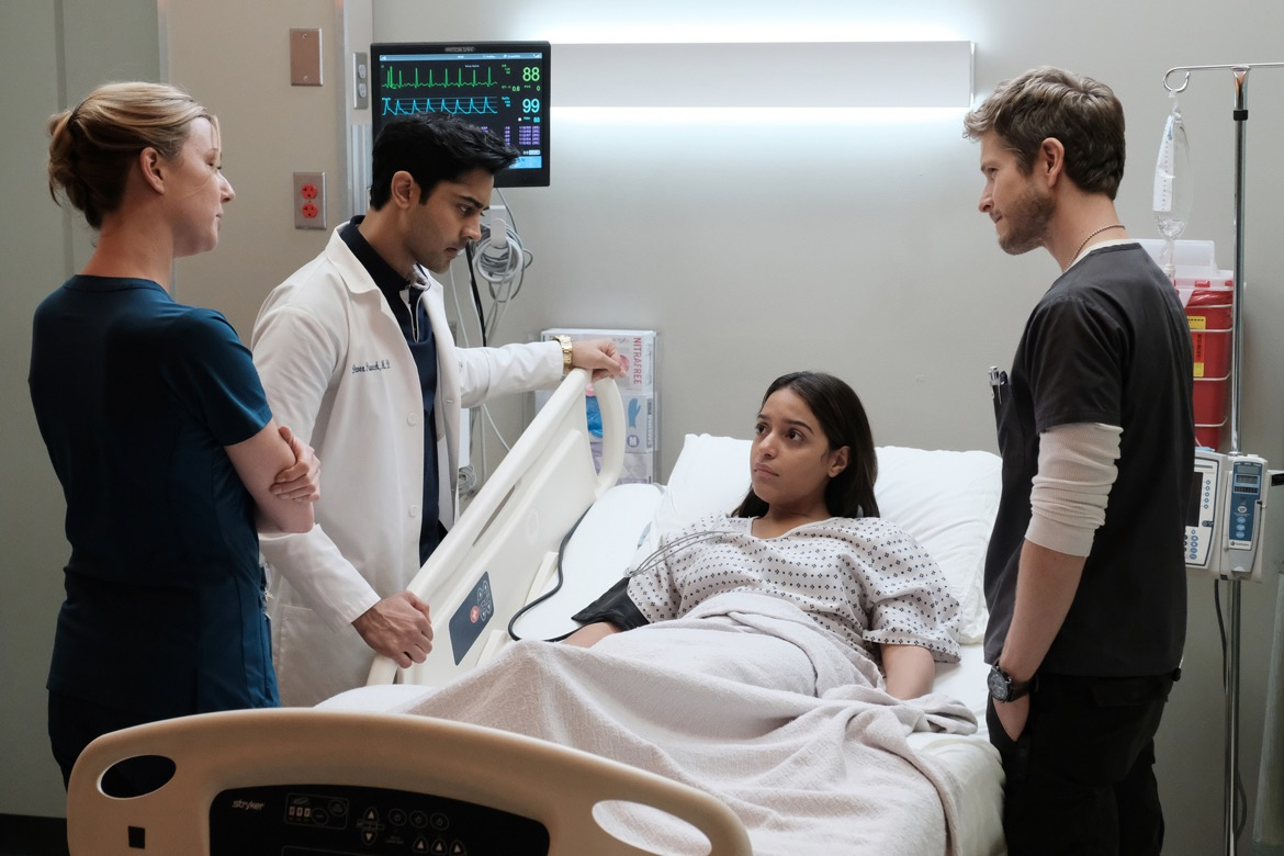 "THE RESIDENT: L-R: Emily VanCamp, Manish Dayal, guest star Coral Pena Sanchez and Matt Czuchry in the ""Comrades in Arms"" episode of THE RESIDENT airing Monday, Jan. 29 (9:00-10:00 PM ET/PT) on FOX. ©2017 Fox Broadcasting Co. Cr: Guy D'Alema/FOX"