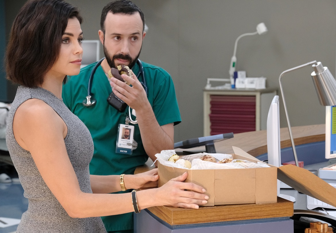 "THE RESIDENT:  L-R:  Guest star Jenna Dewan and guest star Tasso Feldman in the ""The Germ"" episode of THE RESIDENT airing Monday, Oct. 22 (8:00-9:00 PM ET/PT) on FOX. ©2018 Fox Broadcasting Co. Cr: Guy D'AlemaFOX."
