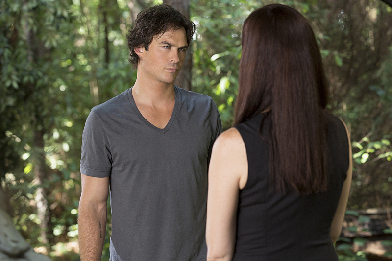 """THE VAMPIRE DIARIES: """"Never Let Me Go"""""""